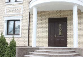 Какая должна быть входная дверь в квартиру